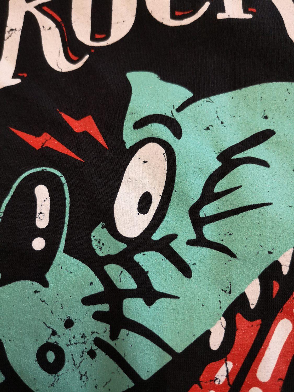Wolfie t-shirt detail